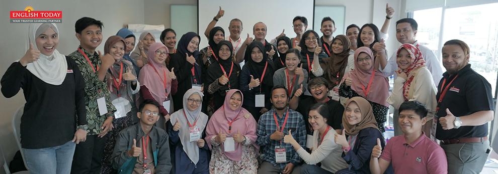 EnglisToday Surabaya Khursus Bahasa Inggris Karyawan